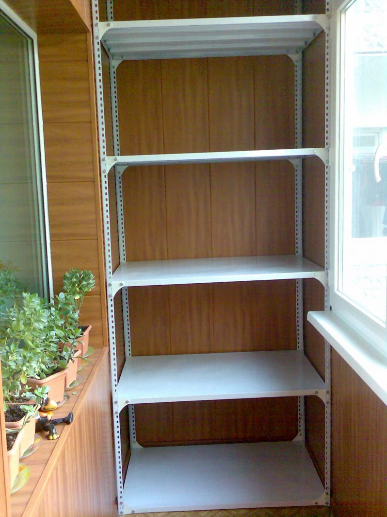 Как сделать полки на балконе