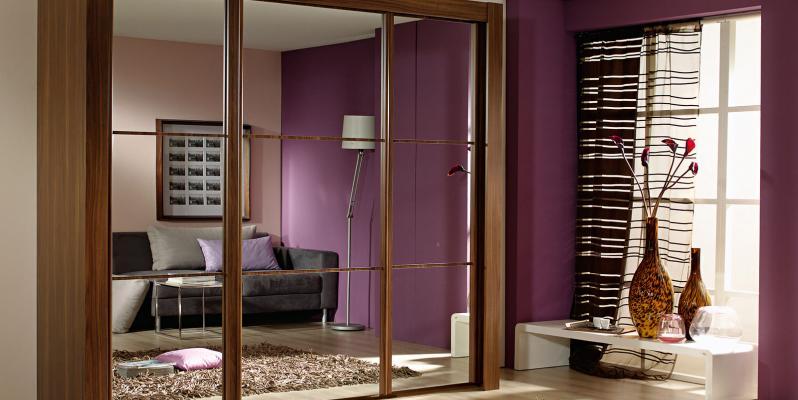 Выбираем шкаф-купе в гостиную: фото в интерьере и рекомендации по выбору